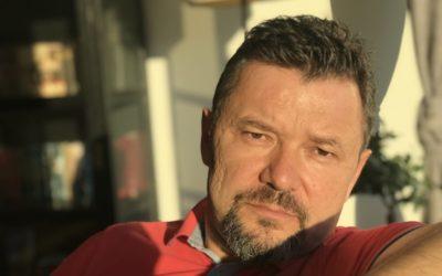 Писатель Всеволод Берншнейн: одно рукопожатие лучше тысячи лайков