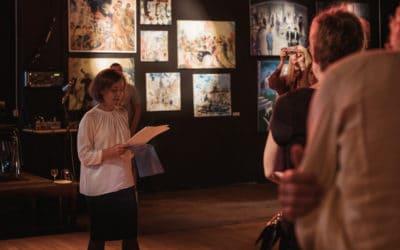На вернисаже «Восток & Запад: пять точек зрения» в театре MAXIM. Цюрих, 22 августа 2020. (© Люция Кениг)